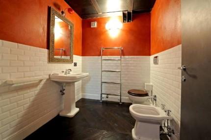 Плитка-кабанчик в ванной комнате