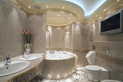 Освещение просторной ванной