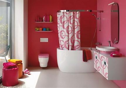 Окрашенные стены в ванной комнате