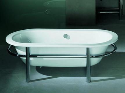 Элегантная стальная ванна прямоугольной формы