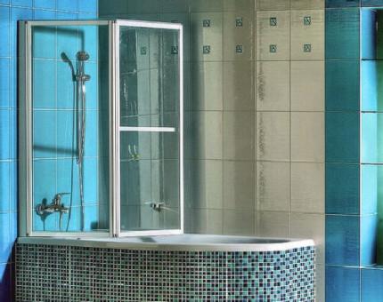Распашные шторы в ванной