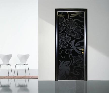 Стеклянные двери от компании АКМА в духе минимализма