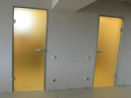 Стеклянные двери с матовым стеклом