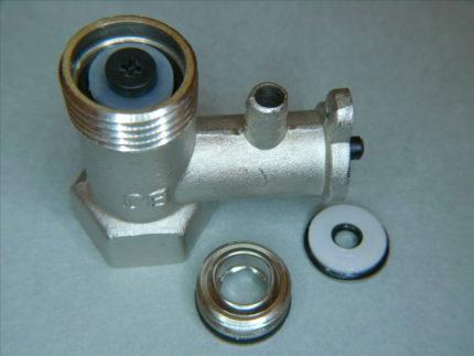 Предохранительный клапан в разобранном виде