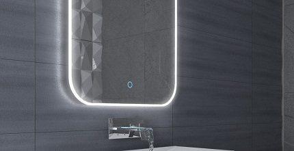 Модель с сенсором прикосновения