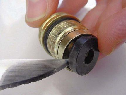 Необходимость замены резиновой прокладки